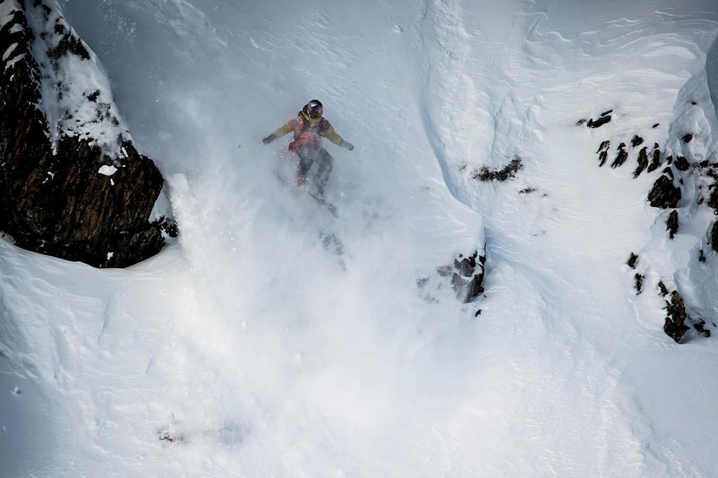 Nadine charging hard in Kappl, Tirol. (photo: David Carlier FWT)